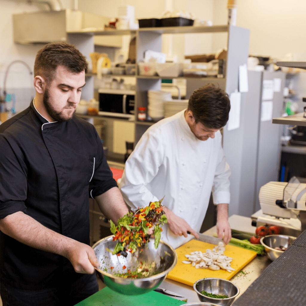Les cuisiniers deviennent experts de la gestion des déchets alimentaires